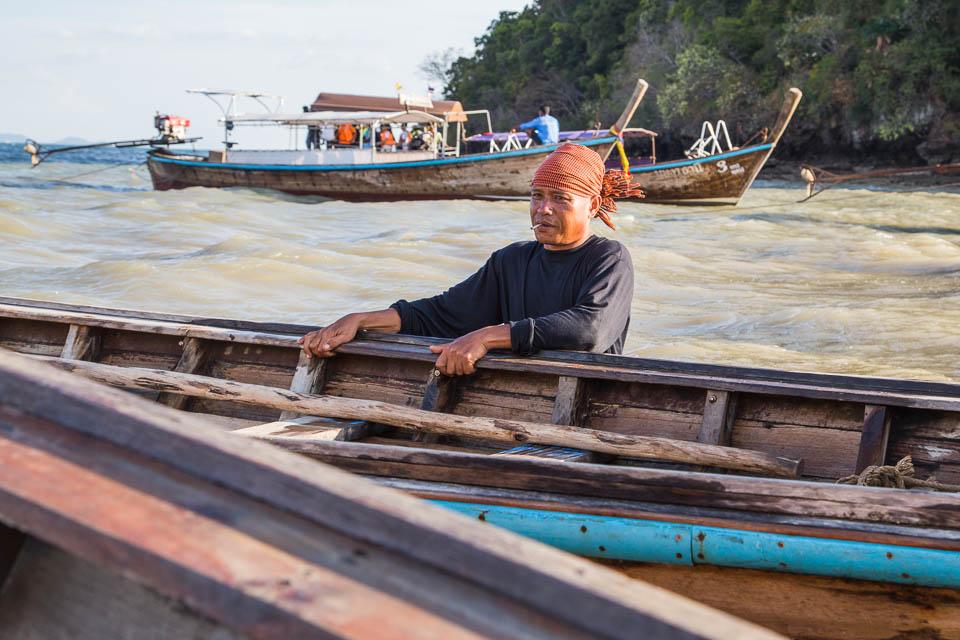 Hombre con barca.