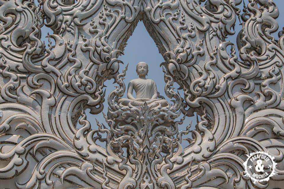 Estatua buddha.