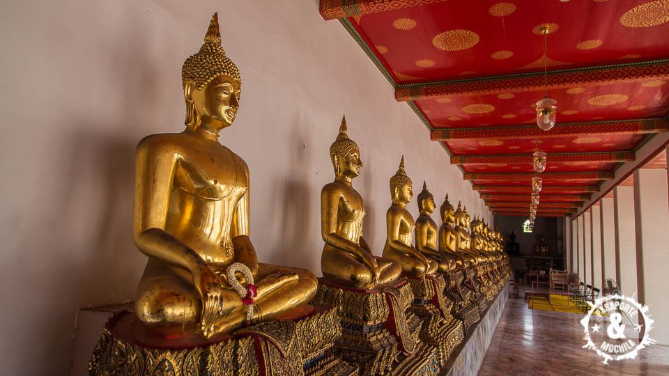 Budas en fila