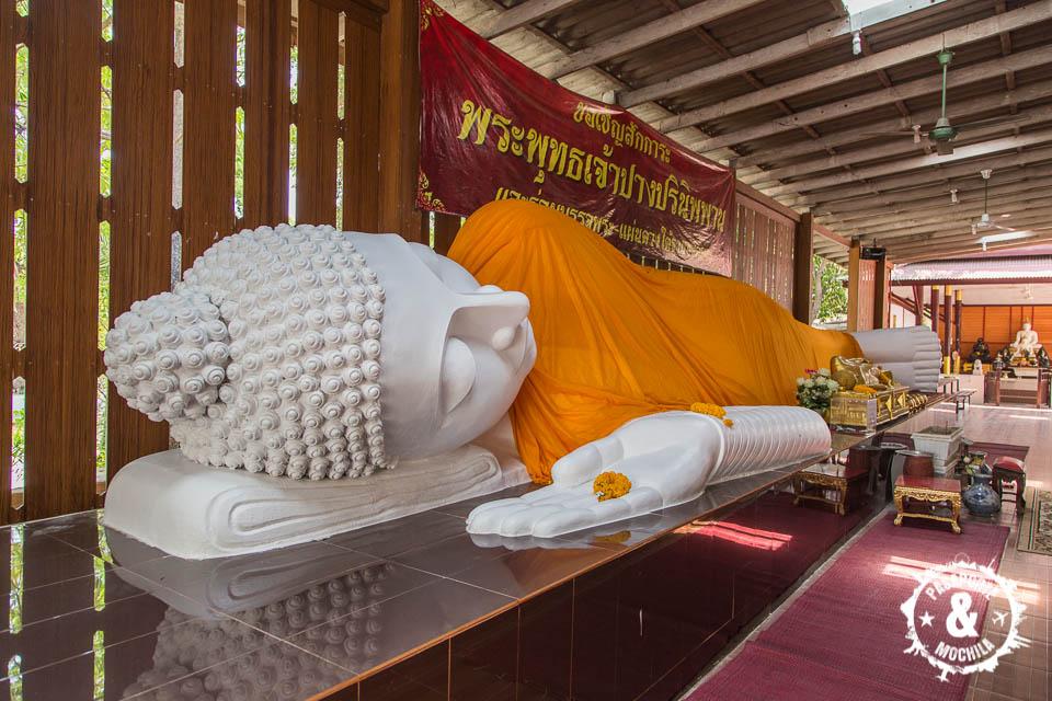 Buda tumbado.