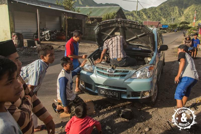 Arreglando nuestro coche.